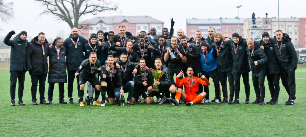 "Latvijas futbola virslīgas komanda ""Valmiera FC"""